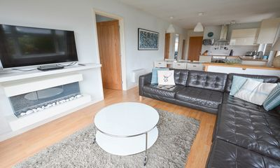 Photo for Swallows Croyde | 3 Bedrooms / Sleeps 6 | Beach Chalet