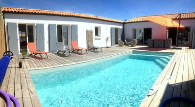 Photo for Ile d'Oléron, contemporary villa 8/10 people, heated pool