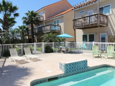 Photo for Spacious Condo w/ pool, private patio, boat slip, and close to the beach!