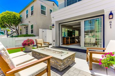 Ground floor patio with fire pit