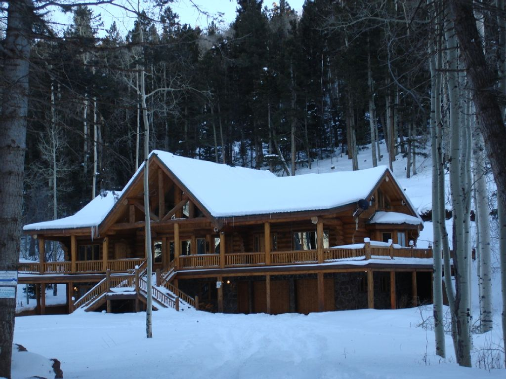 Large Luxury Ski In Ski Out Home Angel Fire Taos Area
