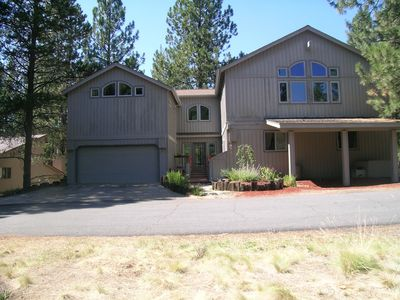 Front of sunriver vacation house