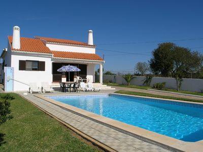 Photo for Holiday Villa Close To Espiche, Praia Da Luz, With 3 Bedrooms, 2 Bathrooms, Pool