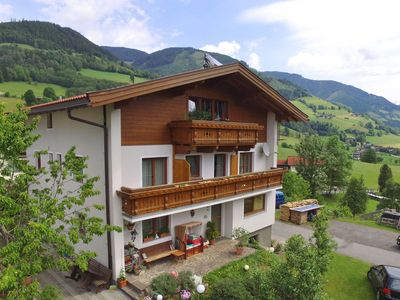 Photo for Nice holidayhome with stunning views of the Hohe Tauern