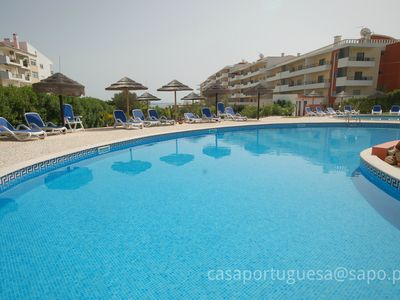 Photo for Top of the range, top-floor 2 bedroom apartment perfectly located with pool!