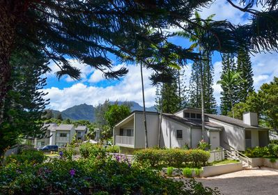 1500 Sq. Ft Free-Standing Units with Large Lanai - On Edge of Makai Golf Course