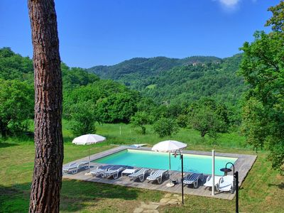 Photo for Wonderful private villa with private pool, WIFI, TV, panoramic view and parking, close to Arezzo