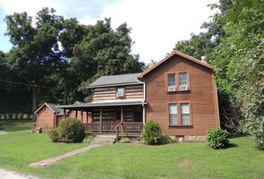 Photo for 4BR Cabin Vacation Rental in Kimbolton, Ohio