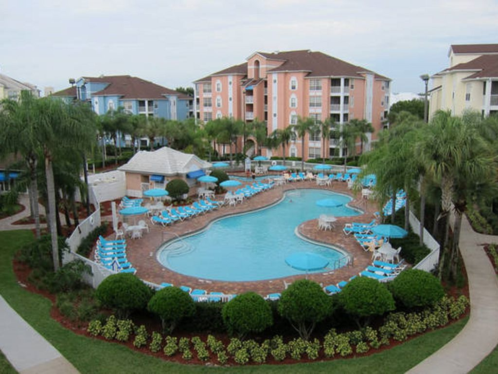 2 BD CONDO~ Grande Villas Resort ~ FULL KITCHEN/JETTED TUB/BALCONY/HEATED  POOL. Orlando ...