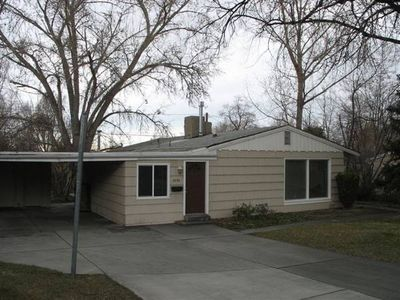 Photo for 3 Bed 1.5 bath Home SLC/Cottonwood Heights Utah. Game room included! Sleeps 8