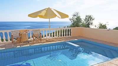 Photo for In Crete, comfortable villa sea view, nice beach 500 meters, private pool