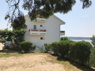 Photo for Apartment in Banjol (Rab), capacity 4+0