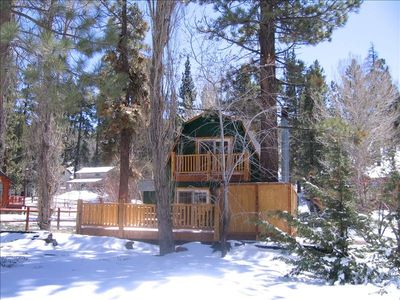 Perfect in any season, at Apple Jacks Cabin you feel part of the great outdoors