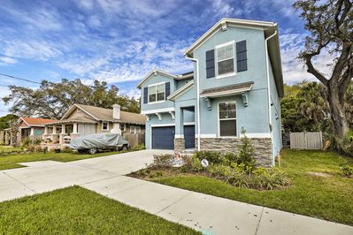 The property is located just a short distance from the University of Tampa.