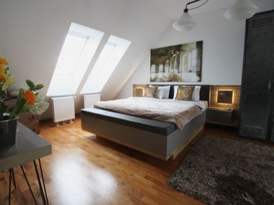 Photo for 50%DISCOUNT*WARM PENTHOUSE*2mins CATHEDRAL
