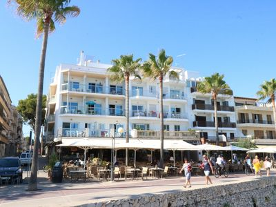 Photo for APP. VIVES: Right on the beach, 6 cheap apartments for 4 - 7 people