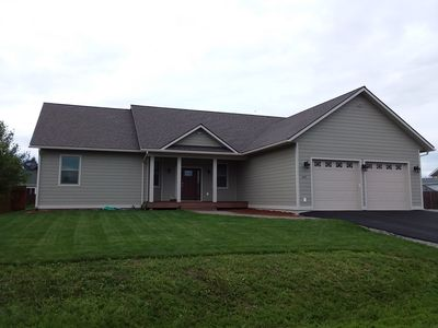 Photo for NEWER HOME- close to Schweitzer and the Lake