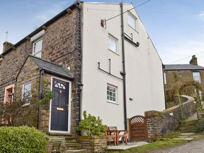 Photo for 3 bedroom property in Glossop. Pet friendly.