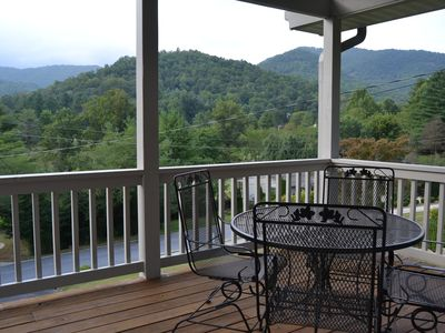 Photo for Mountain Views and Golf Course Getaway