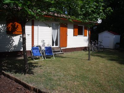 Photo for Nice and comfortable chalet located on the Bassin d'Arcachon