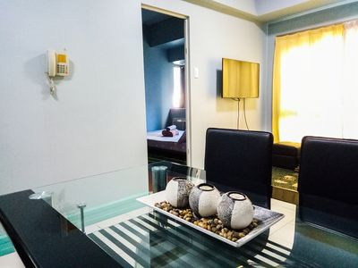Photo for Pleasant 1BR @ BGC n Burgos Circle and St. Lukes + WIFI