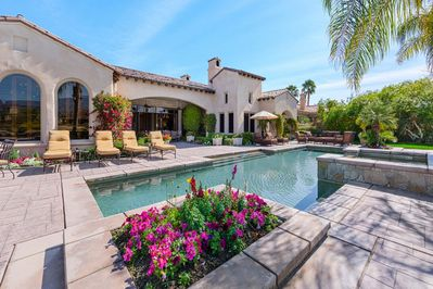 Gorgeous and Quiet Pool and Spa with lovely Lanai for Entertaining