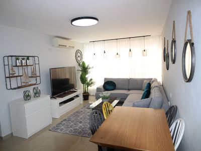 Photo for Modern, bright and newly refurbished 3bdr apartment