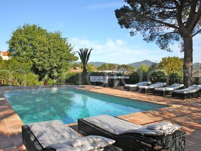 Photo for Charm City for 12, 6 bedrooms, heated pool, entrance to Saint-Tropez