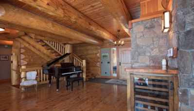 Photo for Spring & Fall Specials! Retreat in the Canadian Rockies