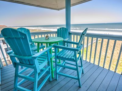 Photo for Top floor oceanfront condo, completely renovated!