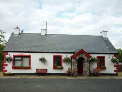 Photo for COOKIES COTTAGE in Ballyshannon, County Donegal, Ref 962221