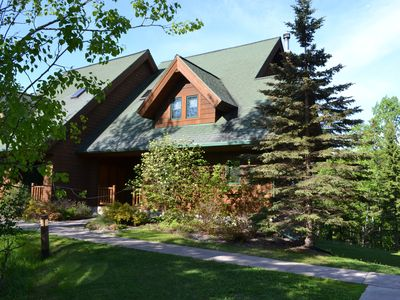 "Photo for ""Ole's Lodge"" Lutsen 5 Bed/4 Bath (Sleeps 14) *Best Price Guarantee*  Ski-In/O"