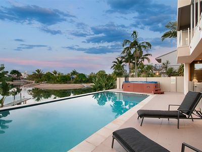 Photo for Opulence – Relaxed waterfront living