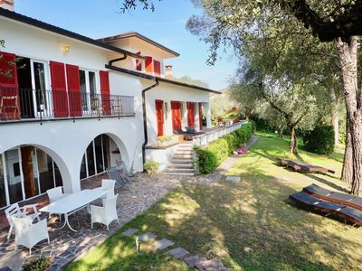 Photo for Holiday villa Villa Limoni in Garda with lake panorama and private garden