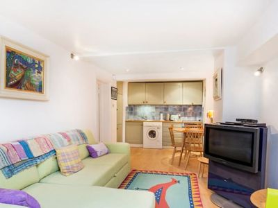 Photo for KPR1 Beautiful one bedroom flat in Notting Hill