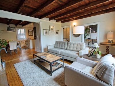 Large two story apartment in downtown historic Lewes