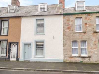 Photo for FLORENCE COTTAGE, family friendly in Wells, Ref 1006873