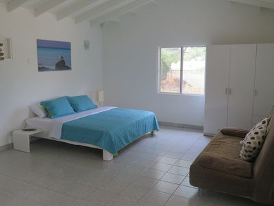 Photo for Apartment Walking Distance To The Eagle Beach, supermarkets and restaurants