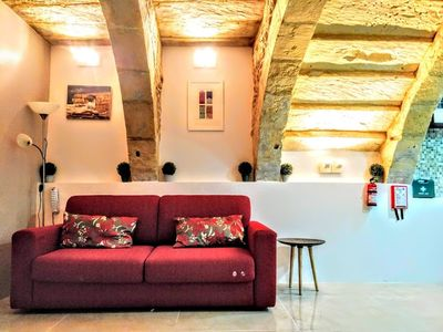 Photo for Exquisite 400 year old home in Medieval Senglea