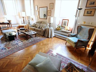 Photo for Spacious Amarillis apartment in Santa Croce with WiFi.