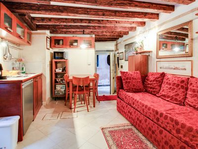 Photo for Ca' Padiglion - Apartment for 2 people in Venecia