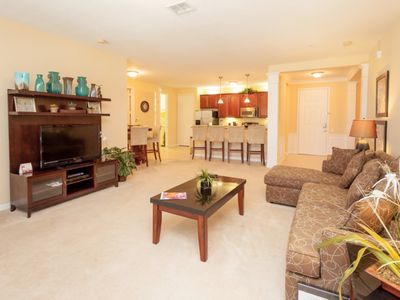 Photo for 2 Bed 2 Bath Premium Condo l 2002