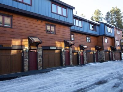Photo for #1695 Winterpoint 2 Bed, 2 Bath Townhome. Walk To Lifts & Downtown.