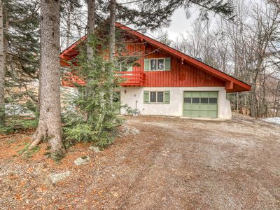 Photo for Family-friendly mountain home w/wood-burning fireplace, deck, private gas grill