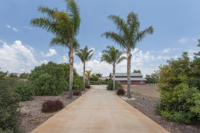 Private driveway to The Turtle House (Red Barn)