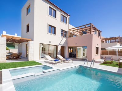 Photo for 300m from Beach ★W/Pool★Walk to Amenities+Jacuzzi!