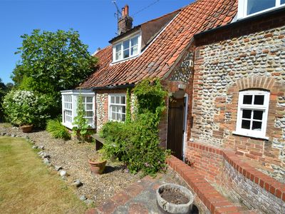 Photo for 2 bedroom Cottage in Wiveton - NCC27