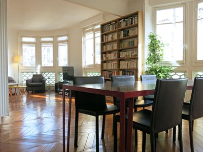 Photo for Beautiful 3-Bedroom Parisian Apartment