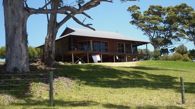 Photo for Karri Vista - peaceful setting with valley views