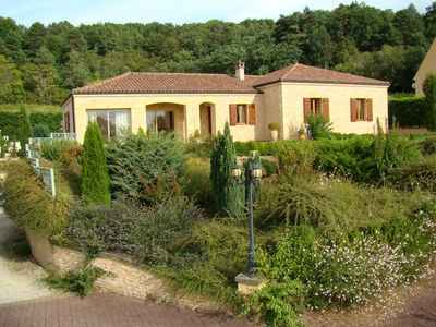 Photo for Charming stone villa in Sarlat, private heated pool